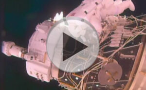 Instalace adaptéru IDA-2 zdroj: spaceflight101.com