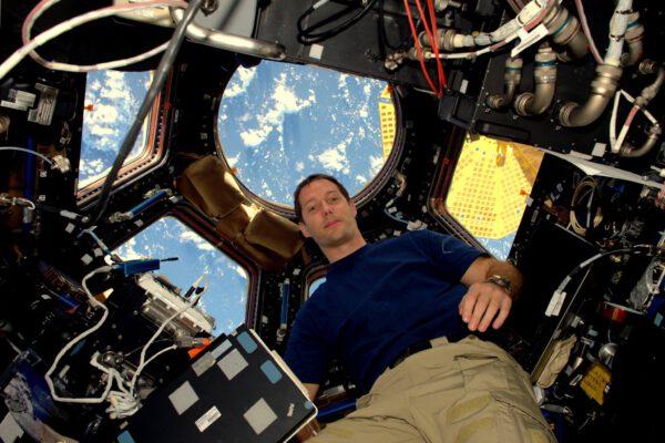 ISS je úžasná. Je ještě lepší, než jak jsem si ji vysnil. Přál bych každému, aby se sem mohl dostat.