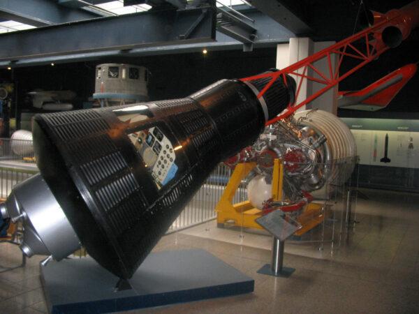 Maketa lodi Mercury Friendship 7 v Deutches Museum.