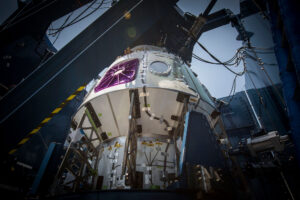 Strukturální zkouška kabiny lodi Crew Dragon