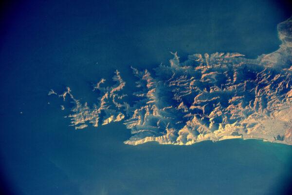 Úsvit na plážích Ománu.