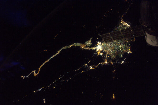 Měl jsem připravenou nádhernou fotku Nilu … ale pak můj vlastní Sojuz udělal fotobombing.
