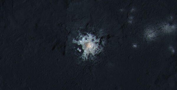 Skvrna na povrchu Ceres