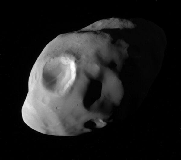 Měsíc Pandora