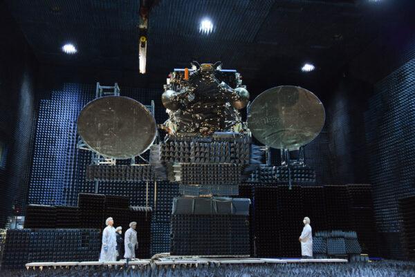 JCSat-15