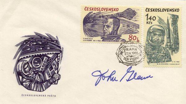 Československá příležitostná obálka, podpis Johna Glenna.