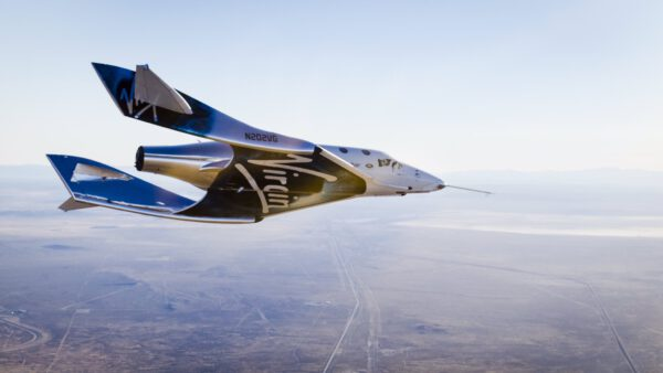 VSS Unity na svém prvním samostatném letu