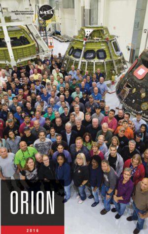 Uvnitř O&C, prosinec 2016 - zleva testovací exemplář, letový exemplář pro EM-1 a letěný Orion EFT-1