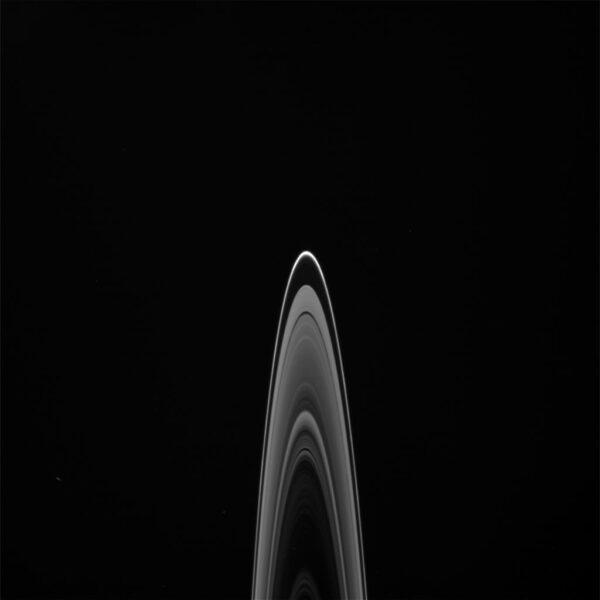 Prstence ve stylu loga Star Trek