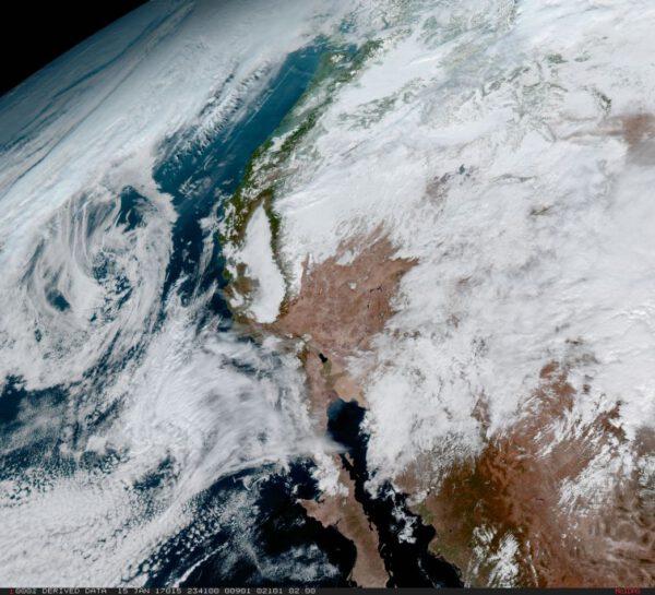 Kalifornie na snímku z GOES-16
