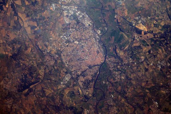 Béziers, řeka Orb a úžasný technický projekt Canal du Midi.
