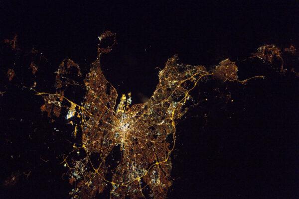Noční Dublin. Pokaždé je to skvělé místo k návštěvě. Je tady úžasná atmosféra.