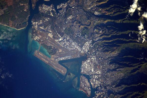 První americké letiště v mé sbírce: Honolulu! Tak co, mám navštívit všechna vyfocená letiště, až se vrátím na Zemi? Výzva přijata!