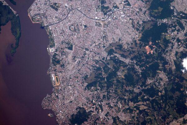 Porto Alegre – Brazílie. Na březích laguny Lagoa Dos Pato's.