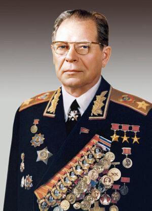 """""""Strýček Míťa"""" - Dmitrij Ustinov, úhlavní Čelomějův nepřítel a kmotr projektu DOS"""