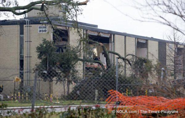 Budova číslo 350 utrpěla značné škody