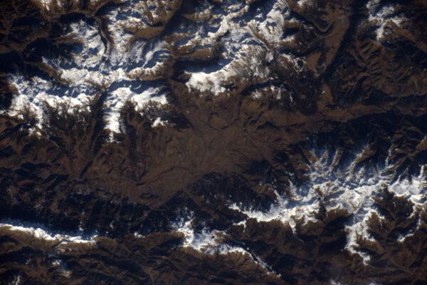 Údolí Cerdanya mezi Španělském a Francií zbožňuje sluneční svit. Pohoří na obou stranách blokuje mraky!