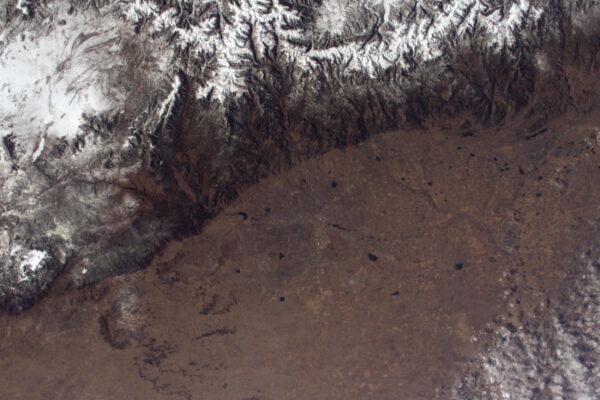 Denver na úpatí Skalnatých hor, které se staví do cesty silnicím středozápadu.