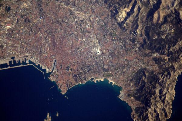 Můj oblíbený cíl: Marseille. Slunce a dobré počasí se starají o lepší fotky.