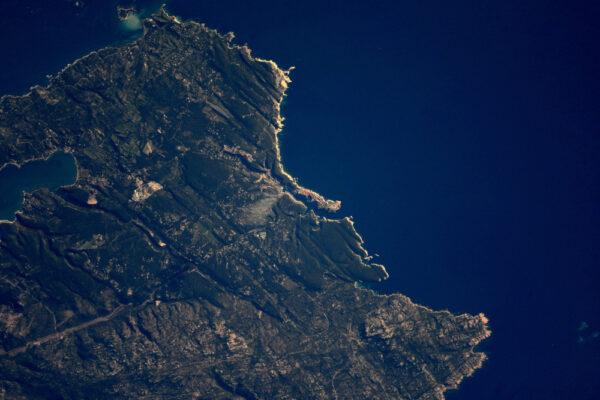 Jižní cíp Korsiky Bonifacio, město útesů.