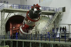 Vakuové testování Sojuzu MS-04