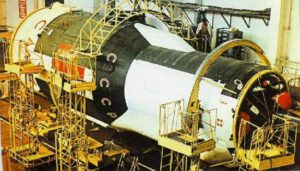 OPS-2/Saljut 3 v montážním cechu