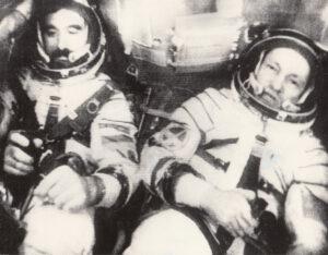 Ivanov a Rukavišnikov na palubě nešťastného Sojuzu-33