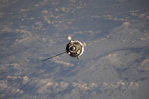 V tomto Sojuzu jsou dva mí dobří přátelé Jack Fisher a Fjodor Jurčichin. A také nákladní kontejner (se kterým jsem se ještě neseznámil).