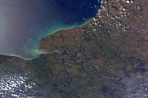 Seine-Maritime, odtud pocházím. Záhyby Seiny se vlní z Le Havre přes Rouen do Paříže.