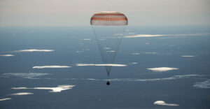 Sojuz MS-02 se vrací domů.