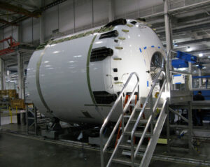 Výroba horního stupně Falconu 9.