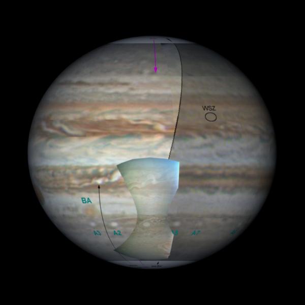 Kontextový obrázek s vyznačením polí výše uvedených obrázků. NASA / JPL-Caltech / SwRI / MSSS / Björn Jónsson