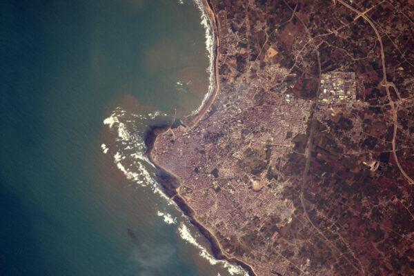 Jižně od Casablancy je El Jadida se zajímavou kruhovou stavbou.