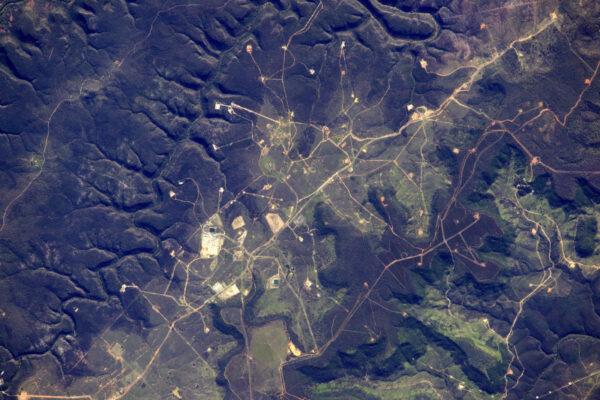 Toto je Austrálie. Zajímalo by mě, co to je. Vypadá to vojensky.