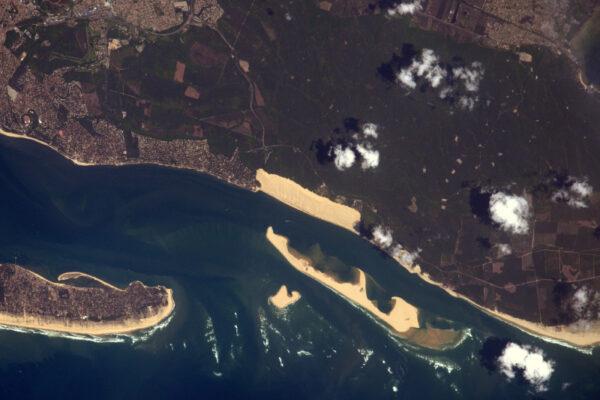 Úspěch! Toto je nejvyšší písečná duna v Evropě. Ano, my ve Francii měříme písečné duny ;)