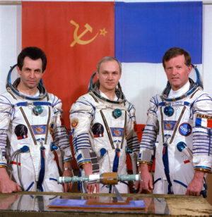 Posádka Sojuzu T-6: (zleva) Ivančenkov, Džanibekov, Chrétien
