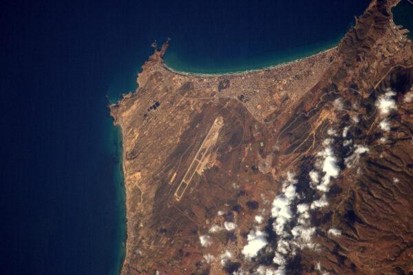 Letiště z vesmíru – Alžírsko, region Oran.