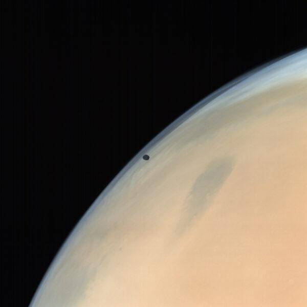 Phobos a Mars. Zdroj: ISRO / ISSDC / Emily Lakdawalla