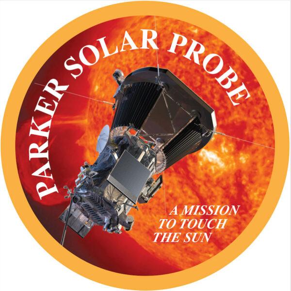 """Logo mise Parker Solar Probe doplňuje trefný slogan """"Mise, která se má dotknout Slunce"""""""