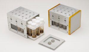 Vented Fly Box, ve kterém budou octomilky žít.