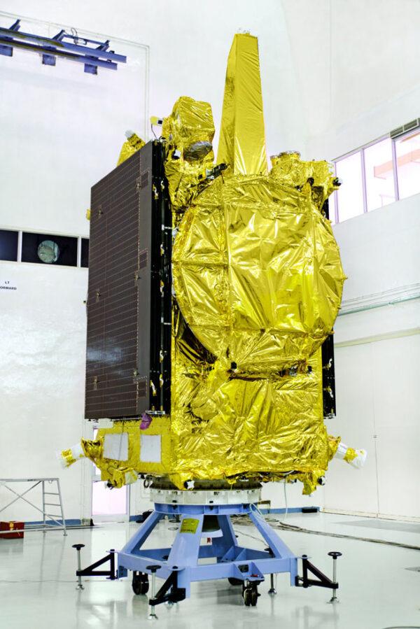 Satelit GSAT-19