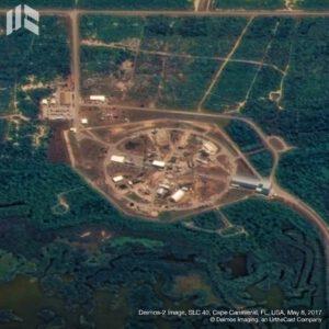 Průběh oprav rampy 40, jak je vyfotil na začátku května satelit Deimos-2