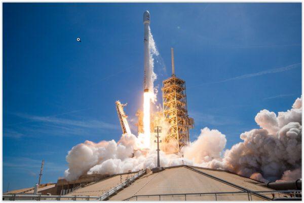 Falcon 9 v1.2 startuje s již jednou použitým stupněm číslo 29