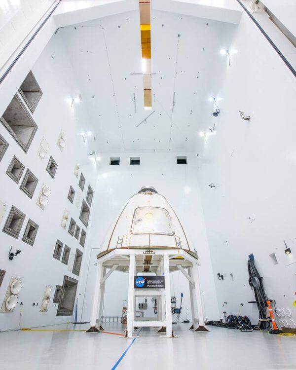 Testovací panely Orionu pro akustické zkoušky.