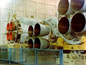 Motory RD-170 pro urychlovací bloky rakety Eněrgija.
