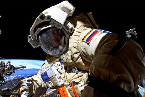 Ruský výstup z ISS