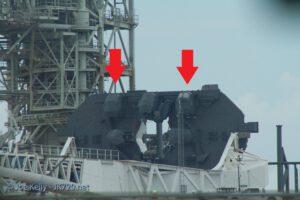 TEL dostal dva nové držáky postranních stupňů Falconu Heavy.