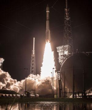 Atlas V startuje na misi NROL-52