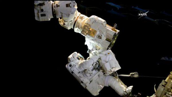 EVA na ISS