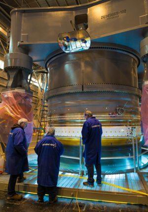 Testování pláště motoru pro NGL